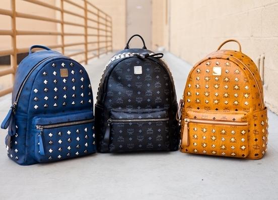 Разноцветные молодежные рюкзаки